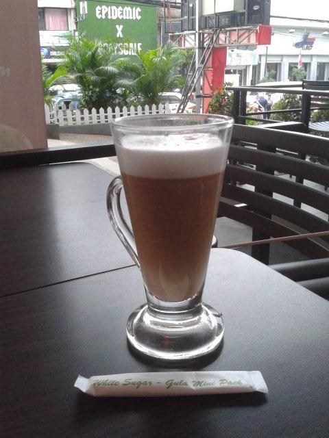 yoshinoya premium coffee, coffee latte, 15k